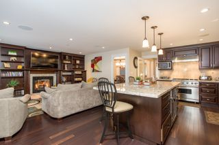 Photo 3: 51 E 42ND Avenue in Vancouver: Main House for sale (Vancouver East)  : MLS®# R2544005
