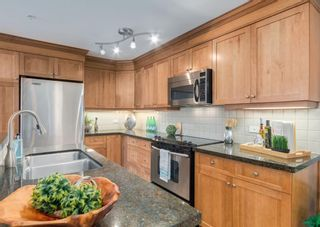 Photo 8: 603 110 7 Street SW in Calgary: Eau Claire Apartment for sale : MLS®# A1154253