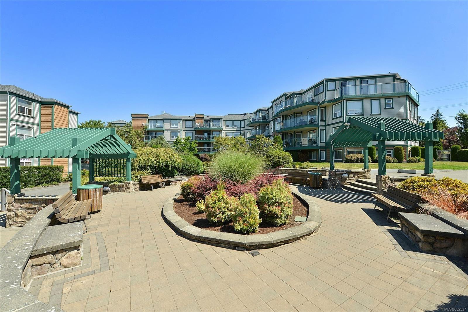 Main Photo: 312 899 Darwin Ave in : SE Swan Lake Condo for sale (Saanich East)  : MLS®# 882537