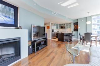 """Photo 4: 1505 1205 W HASTINGS Street in Vancouver: Coal Harbour Condo for sale in """"BCS2555"""" (Vancouver West)  : MLS®# R2617335"""