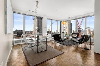 "Photo 5: 1207 989 NELSON Street in Vancouver: Downtown VW Condo for sale in ""THE ELECTRA"" (Vancouver West)  : MLS®# R2567499"