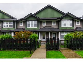 """Photo 1: 16 18199 70TH Avenue in Surrey: Cloverdale BC Townhouse for sale in """"Augusta"""" (Cloverdale)  : MLS®# F1424865"""