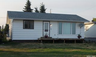 Photo 1: 106 Railway Avenue in Shellbrook: Residential for sale : MLS®# SK864881