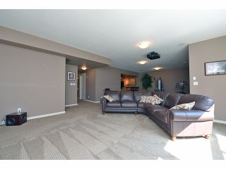 Photo 3: 2008 MERLOT Blvd in Abbotsford: Home for sale : MLS®# F1421188