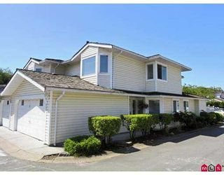 "Photo 1: 116 9177 154TH Street in Surrey: Fleetwood Tynehead Townhouse for sale in ""Chantilly Lane"" : MLS®# F2716670"