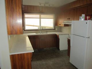Photo 3: 12007-12009 103 Street in Edmonton: Zone 08 House Duplex for sale : MLS®# E4246848