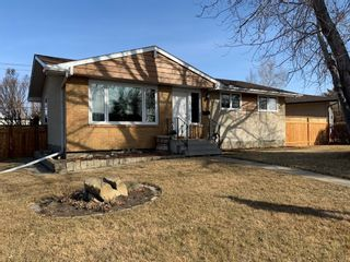 Main Photo: 5 Fairway Avenue: Red Deer Detached for sale : MLS®# A1075416