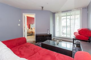 "Photo 10: 301 10788 139 Street in Surrey: Whalley Condo for sale in ""Aura"" (North Surrey)  : MLS®# R2188490"