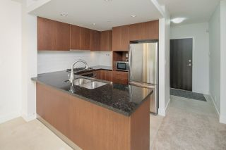 """Photo 8: 307 5989 IONA Drive in Vancouver: University VW Condo for sale in """"Chancellor Hall"""" (Vancouver West)  : MLS®# R2194182"""