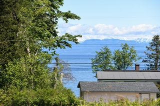 Photo 4: 2267 Seabank Rd in : CV Courtenay North Land for sale (Comox Valley)  : MLS®# 876071
