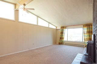 Photo 3: 1711 Fitzgerald Ave in : CV Courtenay City House for sale (Comox Valley)  : MLS®# 873298
