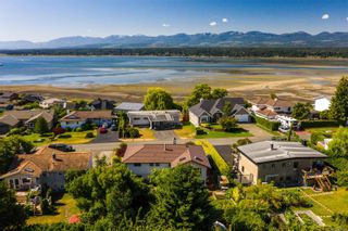 Photo 45: 2070 Beaton Ave in : CV Comox (Town of) House for sale (Comox Valley)  : MLS®# 881528