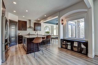 Photo 11: 33 WEST COACH Way SW in Calgary: West Springs Detached for sale : MLS®# A1053382