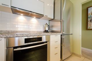 """Photo 14: 2803 1200 ALBERNI Street in Vancouver: West End VW Condo for sale in """"THE PALISADES"""" (Vancouver West)  : MLS®# V915150"""