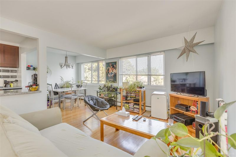 FEATURED LISTING: 8 - 48 LEOPOLD Place New Westminster