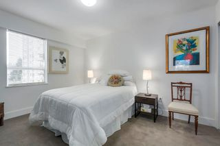 """Photo 17: 401 1340 DUCHESS Avenue in West Vancouver: Ambleside Condo for sale in """"Duchess Lane"""" : MLS®# R2594864"""