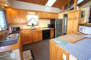 Photo 9: 15 Augusta Street in Kawartha Lakes: Dunsford House (1 1/2 Storey) for sale : MLS®# X5244386