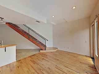 Photo 6: POINT LOMA Condo for rent : 2 bedrooms : 3244 Nimitz Blvd. #3 in San Diego