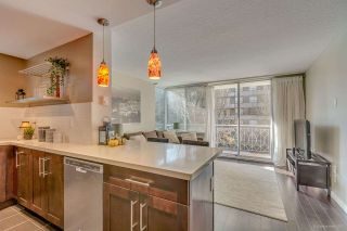 """Photo 2: 201 1219 HARWOOD Street in Vancouver: West End VW Condo for sale in """"CHELSEA"""" (Vancouver West)  : MLS®# R2220166"""