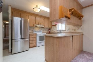 Photo 3: 410 2850 Stautw Rd in : CS Hawthorne Manufactured Home for sale (Central Saanich)  : MLS®# 878706