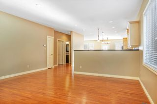 Photo 8: 817 Beckner Crescent: Carstairs Detached for sale : MLS®# C4300369