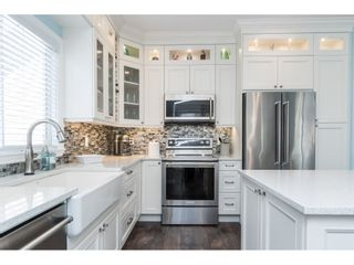 """Photo 12: 16648 62A Avenue in Surrey: Cloverdale BC House for sale in """"West Cloverdale"""" (Cloverdale)  : MLS®# R2477530"""