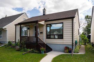 Photo 1: 943 Spruce Street in Winnipeg: West End Residential for sale (5C)  : MLS®# 202120425