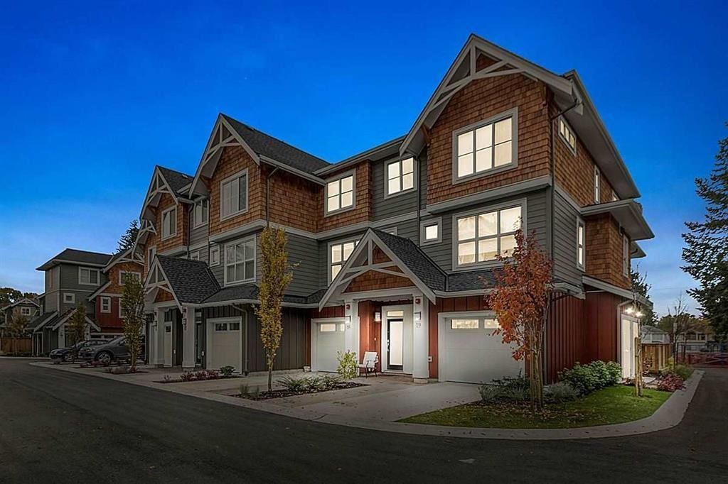 "Main Photo: 18 2150 SALISBURY Avenue in Port Coquitlam: Glenwood PQ Townhouse for sale in ""Salisbury Walk"" : MLS®# R2228302"