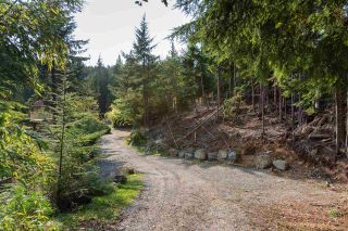 Photo 3: 330 FOREST RIDGE Road: Bowen Island House for sale : MLS®# R2505651