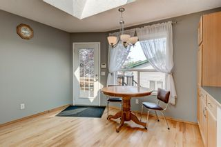Photo 12: 127 Somerside Grove SW in Calgary: Somerset Detached for sale : MLS®# A1134301