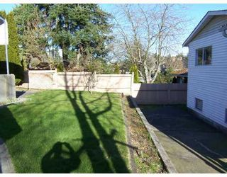 Photo 10: 6563 NEVILLE Street in Burnaby: South Slope House for sale (Burnaby South)  : MLS®# V698546