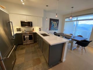 """Photo 7: 10 2301 TALUSWOOD Place in Whistler: Nordic Townhouse for sale in """"Bluffs"""" : MLS®# R2494900"""