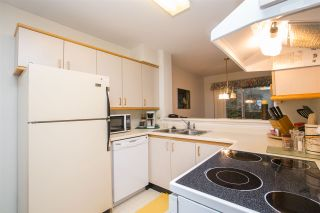 """Photo 7: 33 2736 ATLIN Place in Coquitlam: Coquitlam East Townhouse for sale in """"CEDAR GREEN ESTATES"""" : MLS®# R2040870"""