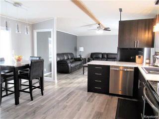 Photo 6: 14 Hornshaw Street in Pine Ridge: Pineridge Trailer Park Residential for sale (R02)  : MLS®# 1807564