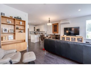 """Photo 8: 97 9989 BARNSTON Drive in Surrey: Fraser Heights Townhouse for sale in """"Highcrest"""" (North Surrey)  : MLS®# R2477034"""
