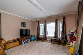 """Photo 6: 2866 EVASKO Road in Prince George: South Blackburn Manufactured Home for sale in """"SOUTH BLACKBURN"""" (PG City South East (Zone 75))  : MLS®# R2542635"""