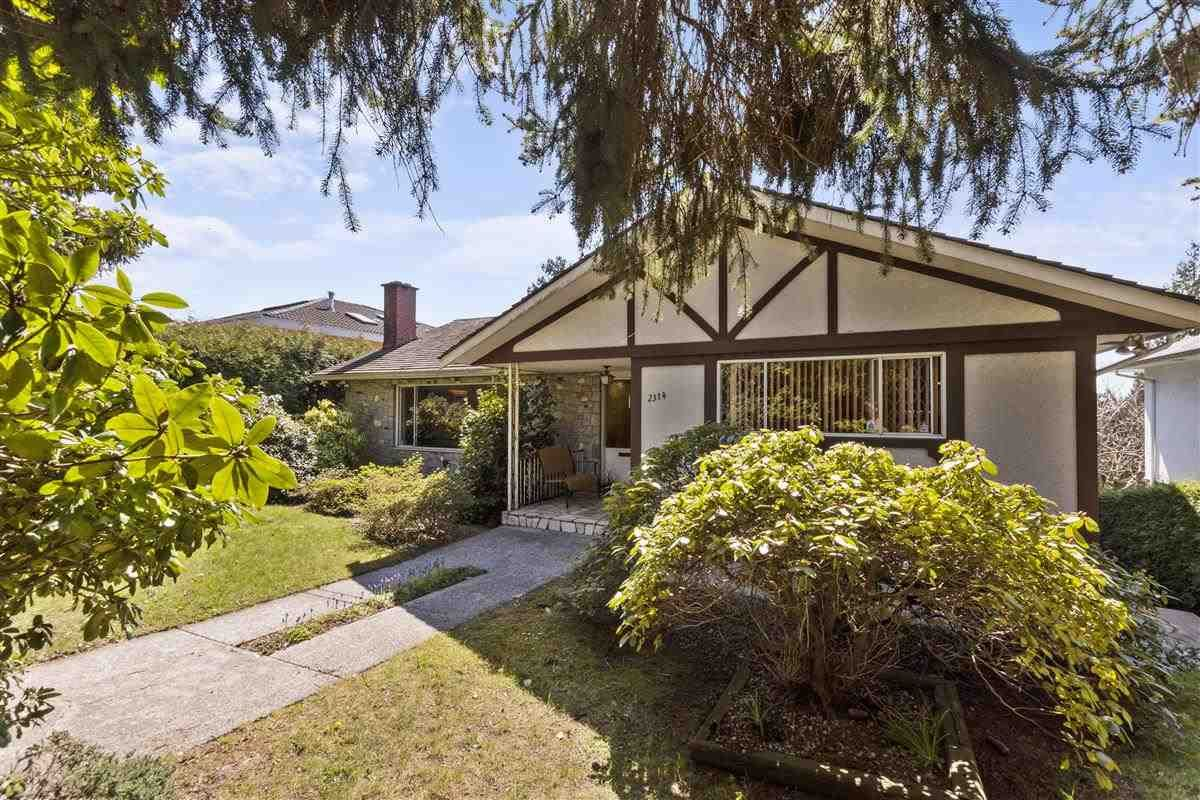 Main Photo: 2314 ROSEDALE Drive in Vancouver: Fraserview VE House for sale (Vancouver East)  : MLS®# R2569771