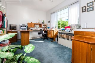 Photo 30: 12105 201 STREET in MAPLE RIDGE: Home for sale : MLS®# V1143036