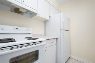 """Photo 5: 802 2008 FULLERTON Avenue in North Vancouver: Pemberton NV Condo for sale in """"Seymour By Woodcroft Estate"""" : MLS®# R2216896"""