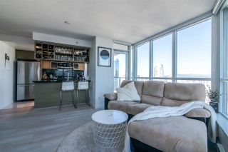 "Photo 4: 2811 833 SEYMOUR Street in Vancouver: Downtown VW Condo for sale in ""CAPITOL RESIDENCE"" (Vancouver West)  : MLS®# R2357159"
