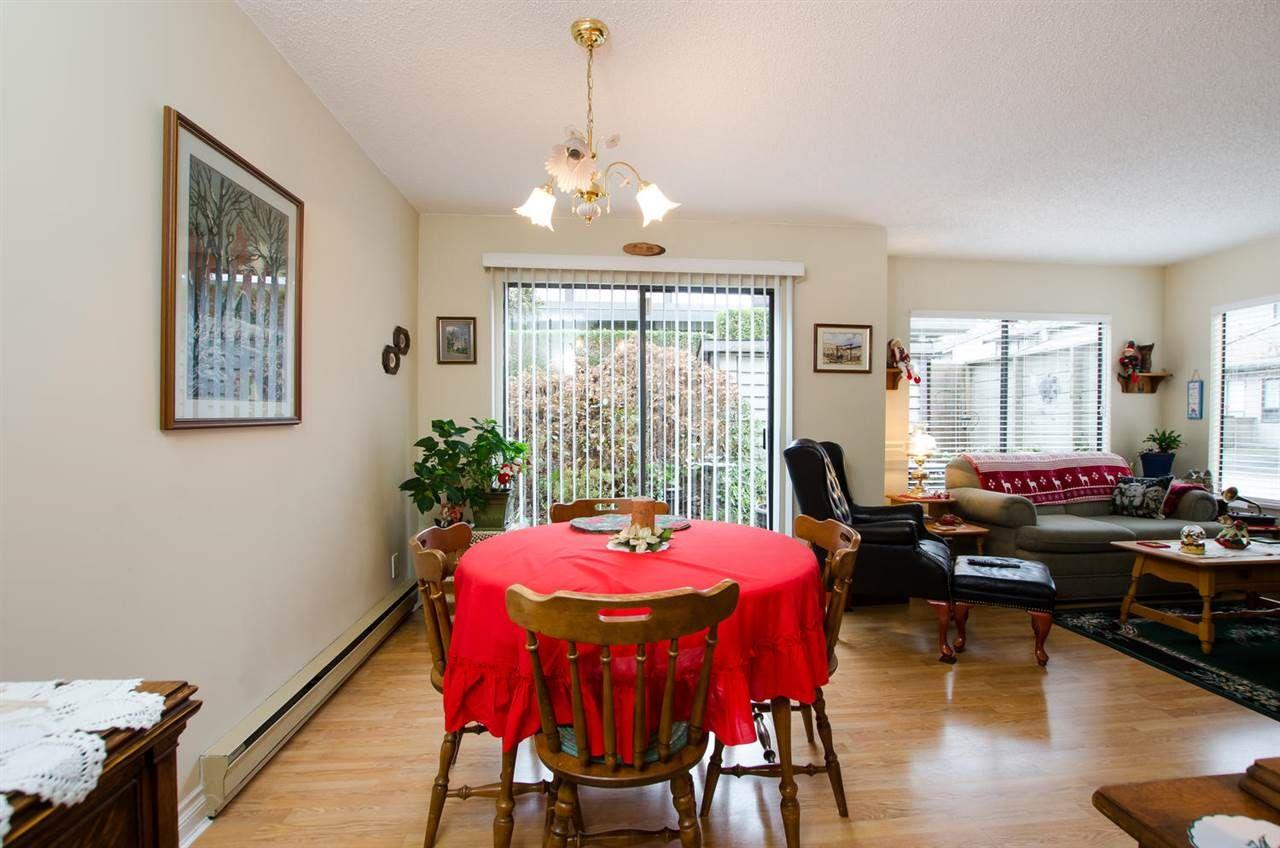 "Photo 7: Photos: 54 6712 BAKER Road in Delta: Sunshine Hills Woods Townhouse for sale in ""SUNRIDGE ESTATES"" (N. Delta)  : MLS®# R2423502"