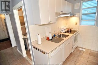 Photo 18: 812 DOUGALL in Windsor: House for sale : MLS®# 21017665