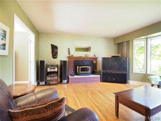 Photo 6: 521 Hallsor Drive in VICTORIA: Co Wishart North Residential for sale (Colwood)  : MLS®# 326745