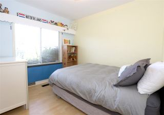 Photo 5: 715 W 61ST Avenue in Vancouver: Marpole House for sale (Vancouver West)  : MLS®# R2209967