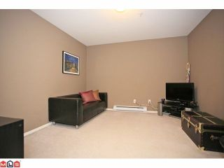 "Photo 8: 401 5759 GLOVER Road in Langley: Langley City Condo for sale in ""College Court"" : MLS®# F1207206"