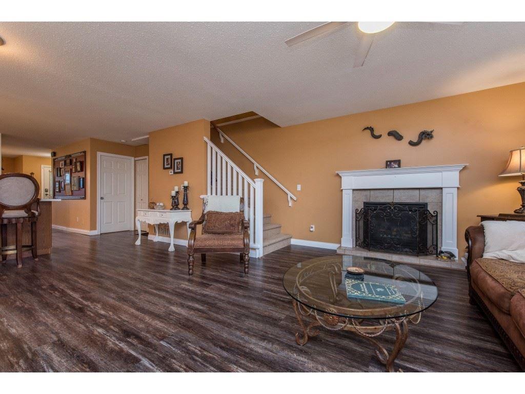 "Photo 17: Photos: 9 45306 BALMORAL Avenue in Sardis: Sardis West Vedder Rd House for sale in ""BALMORAL PARK ESTATES"" : MLS®# R2518450"