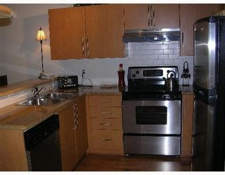 """Photo 2: 110 1150 E 29TH Street in North_Vancouver: Lynn Valley Condo for sale in """"HIGHGATE"""" (North Vancouver)  : MLS®# V651144"""