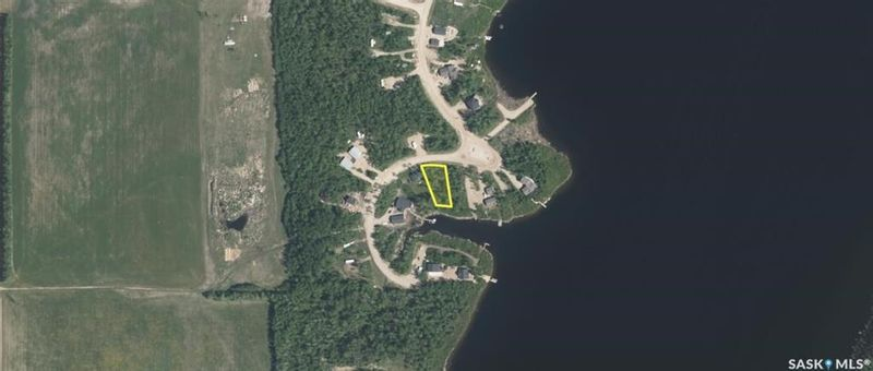 FEATURED LISTING: 670 Willow Point Way Lake Lenore