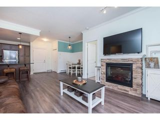"""Photo 17: 106 2068 SANDALWOOD Crescent in Abbotsford: Central Abbotsford Condo for sale in """"The Sterling"""" : MLS®# R2590932"""