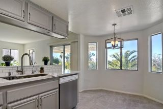 Photo 10: 856 Porter Way in Fallbrook: Residential for sale (92028 - Fallbrook)  : MLS®# 180009143